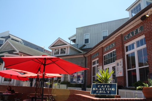 Full Moon Cafe in Manteo has outdoor seating covered by bright red umbrellas -- perfect for al fresco dining on a warm day.