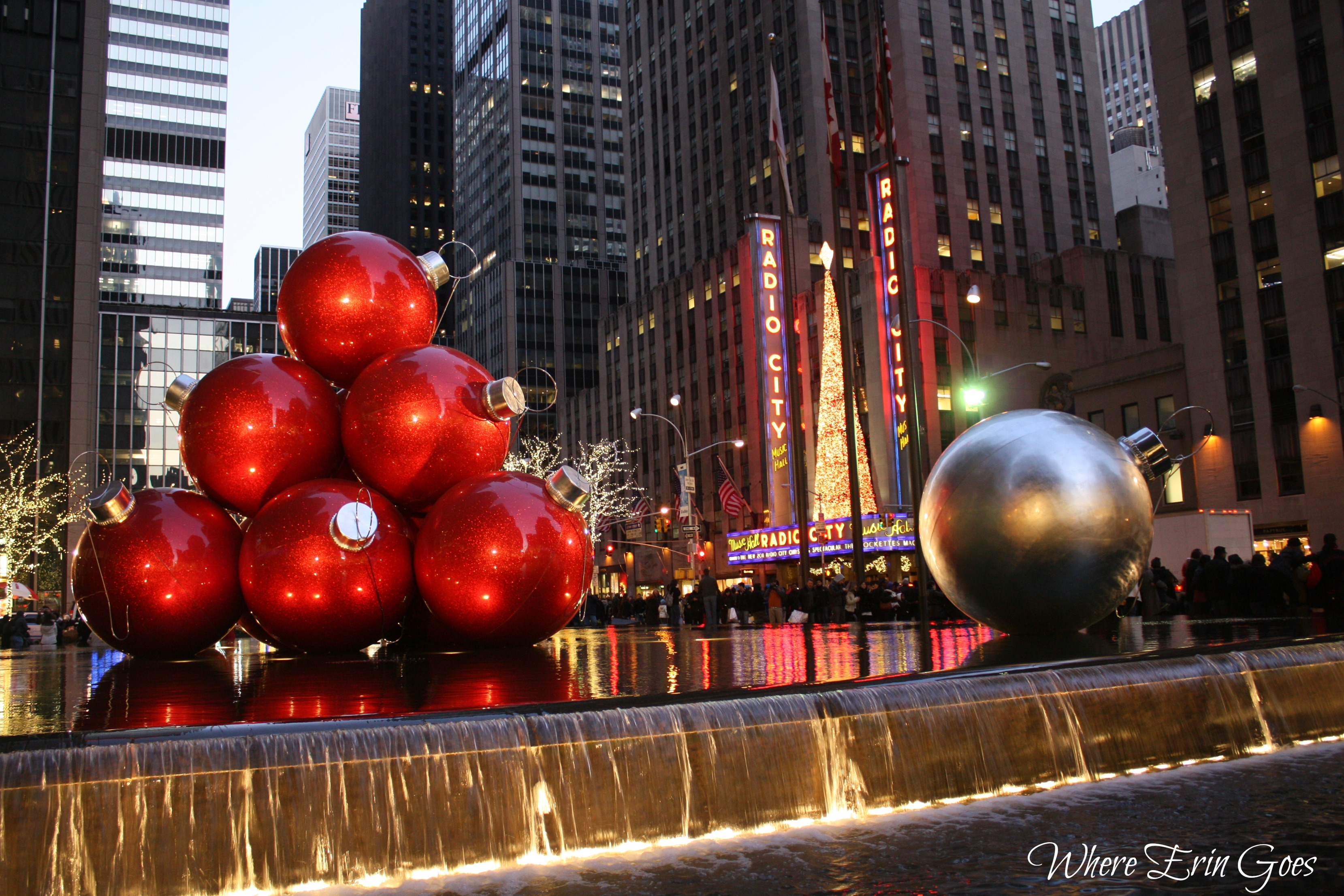 Photo Friday: Christmas in New York | Where Erin Goes