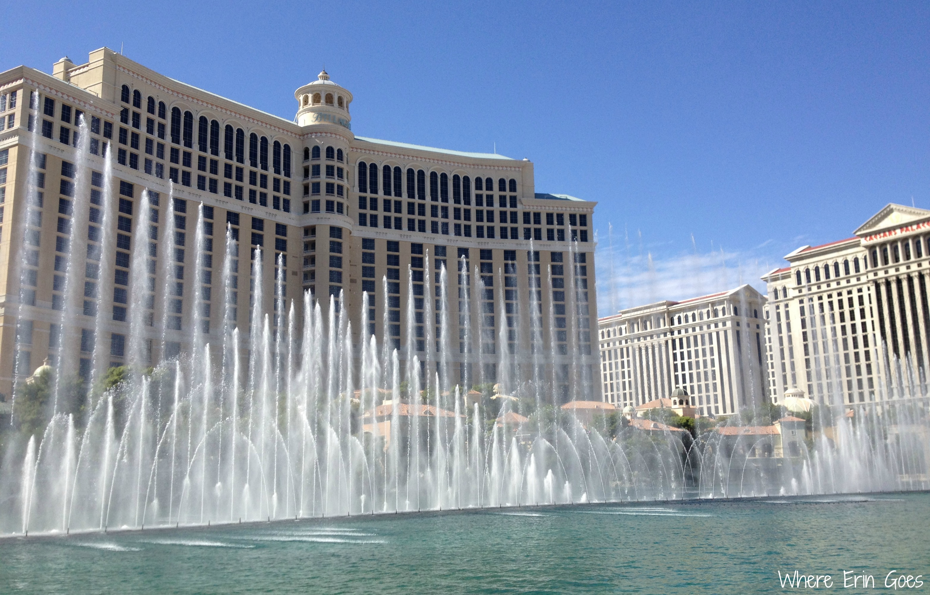 Five ways to not gamble away your las vegas vacation for Las vegas fountain