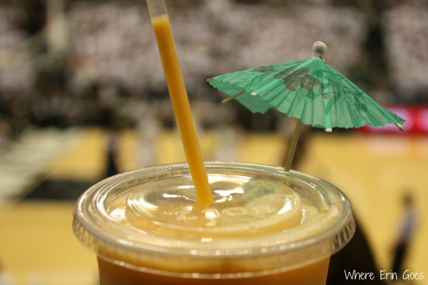 My peach smoothie even had a green umbrella to sport a little Spartan pride. (Photo by Erin Klema.)