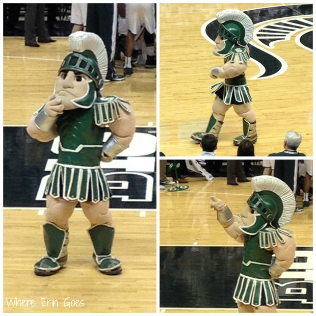 Isn't Sparty the coolest? (Photo by Erin Klema.)