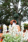 Mickey Mouse topiary at the entrance