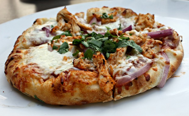 BBQ Chicken Pizza at Yard House Denver (Photo by Erin Klema)